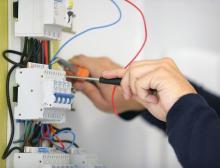 Logo de JM Electricité et Aménagement Intérieur, société de travaux en Installation électrique : rénovation complète ou partielle
