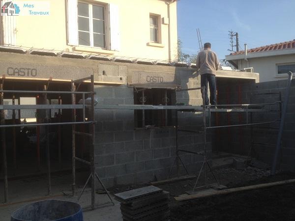 Logo de HEBRAS & CIE, société de travaux en Construction, murs, cloisons, plafonds
