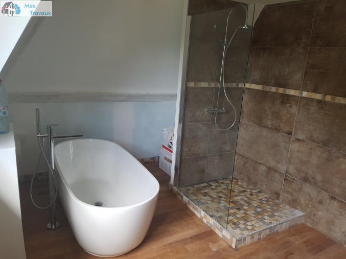 Logo de ENT CARNEIRO FERREIRA, société de travaux en Fourniture et pose de lavabos, baignoires, douches, WC...