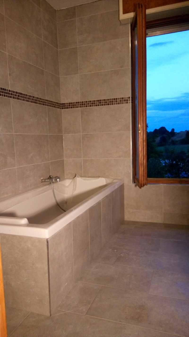 entreprise micciche carrelage professionnel du b timent en grand est moselle. Black Bedroom Furniture Sets. Home Design Ideas