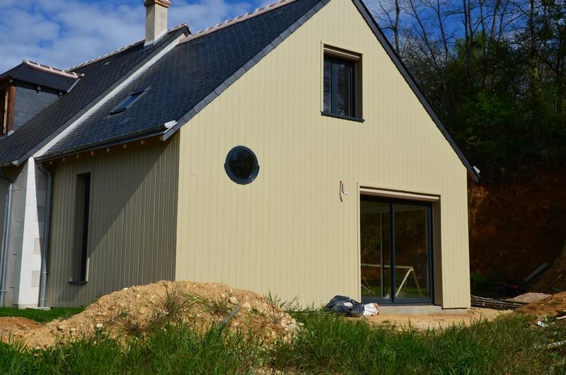 DOMENGER VALÉRIE, artisan spécialisé en Fourniture et installation d'une ou plusieurs fenêtres