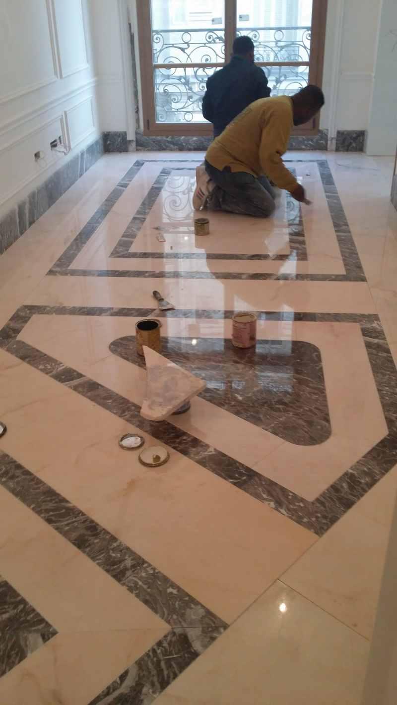 M., artisan spécialisé en Fourniture et pose de mosaïques / marbre