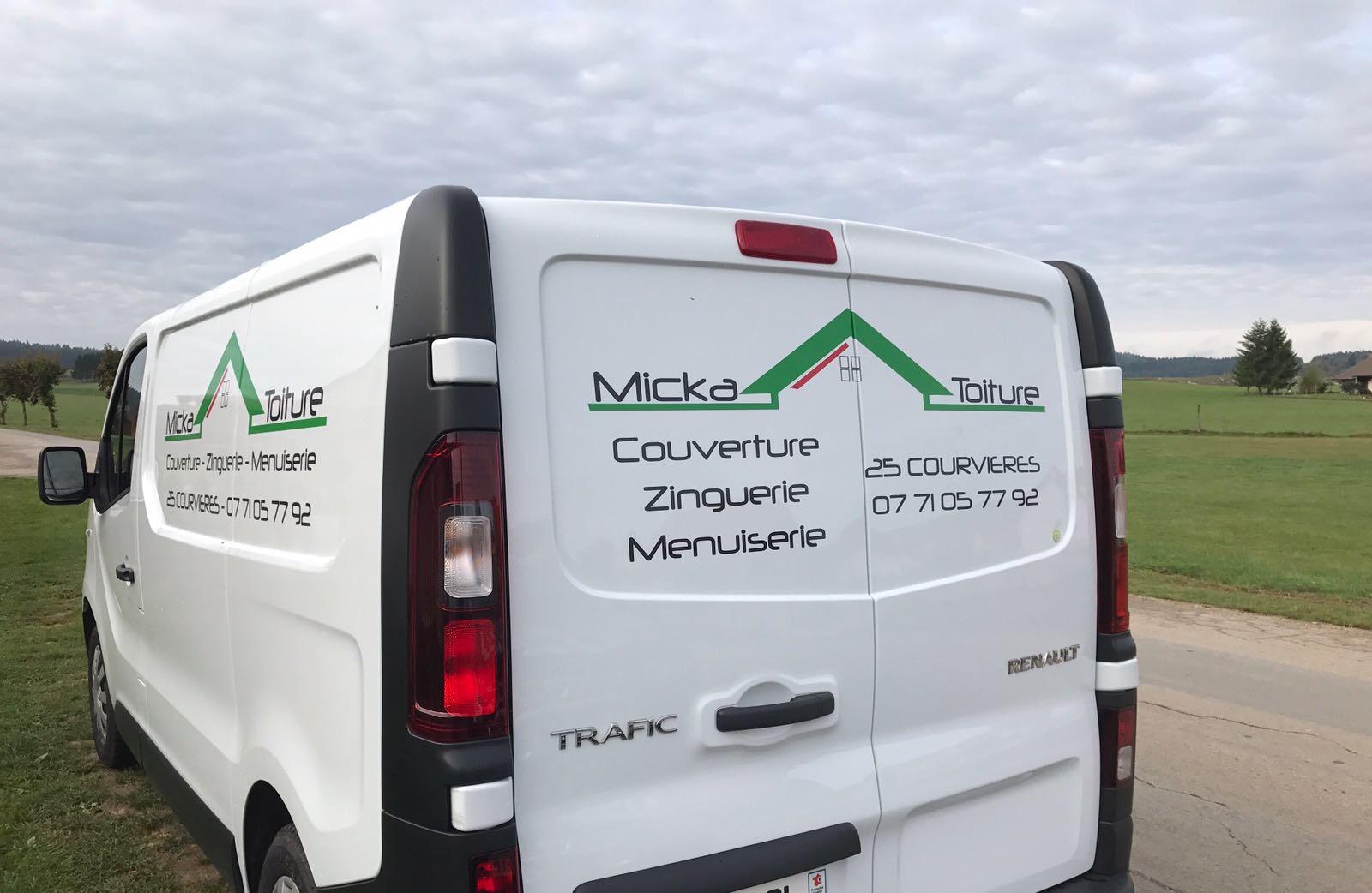 Logo de Micka toiture, société de travaux en Rénovation ou changement de votre couverture de toit