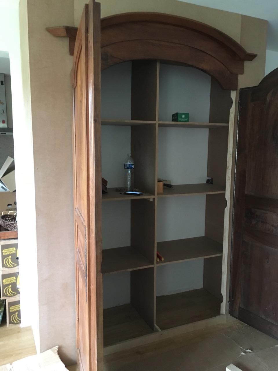 Logo de Guibois, société de travaux en Fabrication de meubles en bois sur mesure