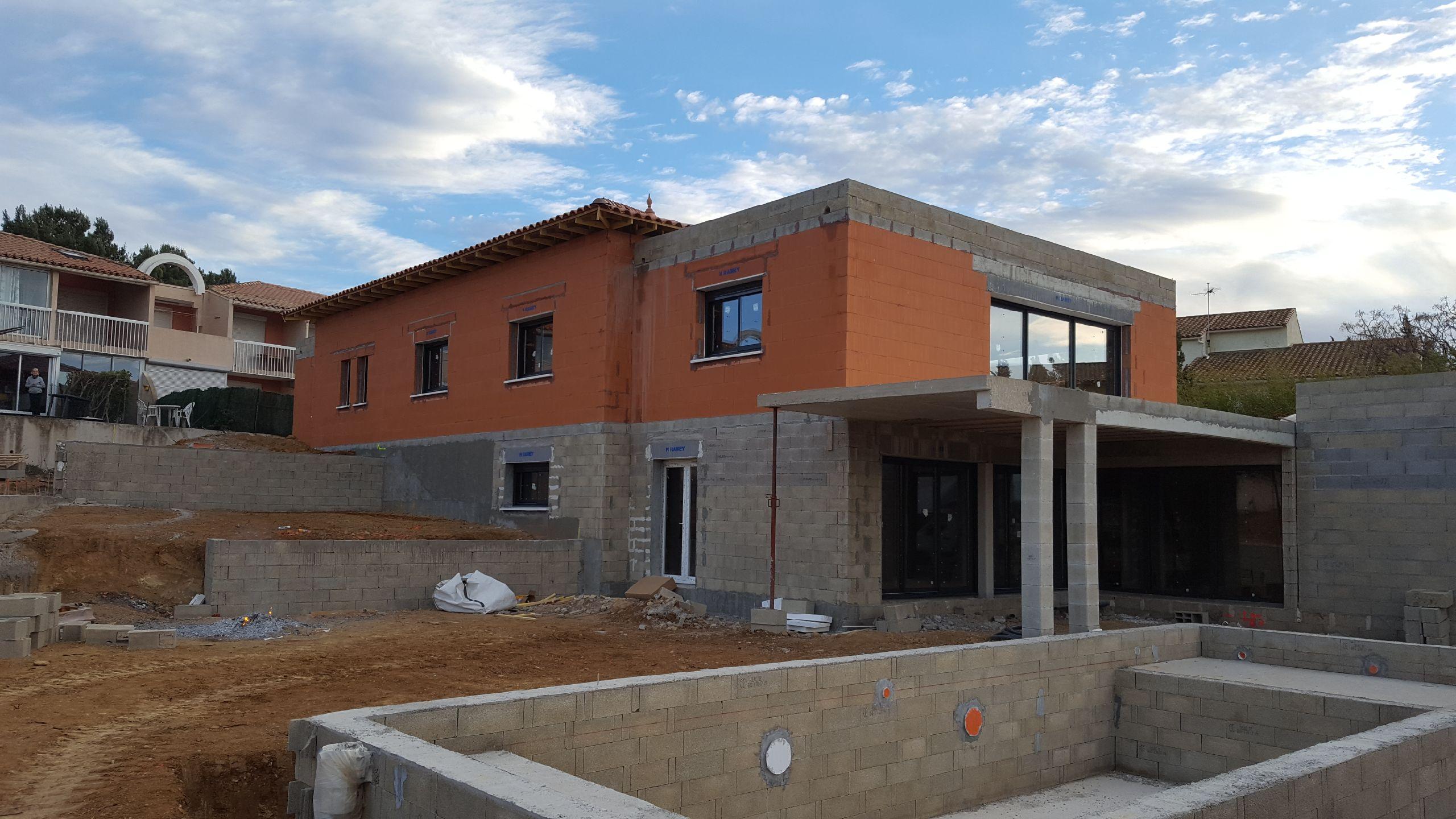 798989281, artisan spécialisé en Construction de maison