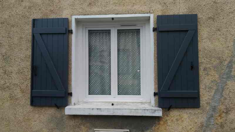 Logo de Auge, société de travaux en Fourniture et remplacement de porte ou fenêtre en bois
