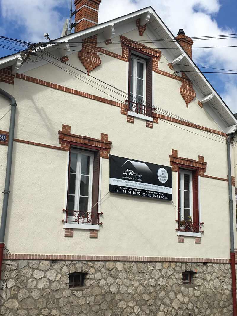 Est Lenoir, artisan spécialisé en Réparation de cheminée sur toiture