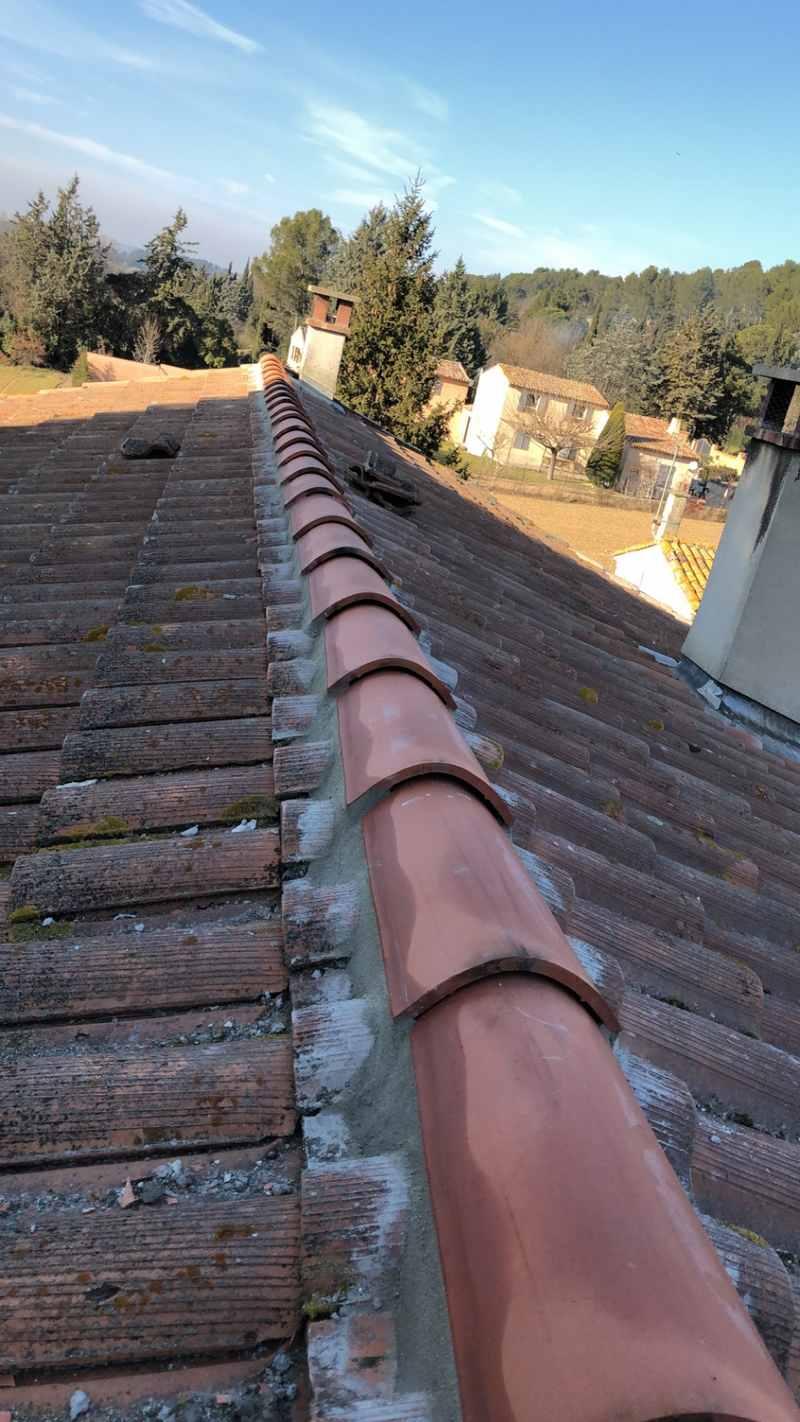 Logo de Entreprise loubet, société de travaux en Rénovation ou changement de votre couverture de toit