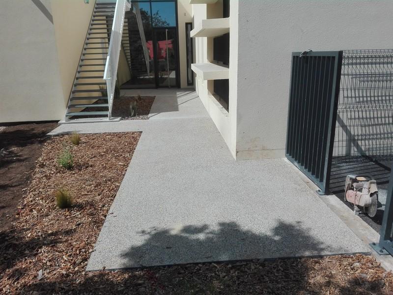 Concept Beton Occitanie, artisan spécialisé en Amélioration de jardin et de terrasse