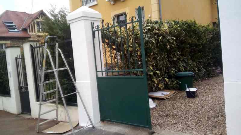 (m demestre) peinture étenchéite, artisan spécialisé en Nettoyage toitures et façades
